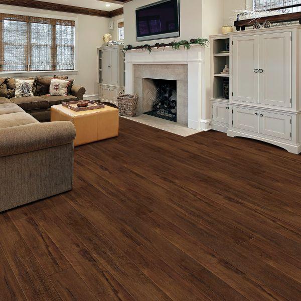 Highland Brown Oak Laminate Floor, Brown Laminate Flooring